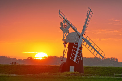 Ashtree Farm Windmill at Sunset